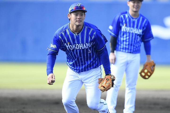 ウィンターリーグで新フォームを習得し、今季は1軍定着を目指す伊藤。写真:金子拓弥(THE DIGEST写真部)
