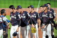 2019年、U18W杯ではメダルなしに終わった日本代表。世界一を目指すために、変えるべきことはあるのではないだろうか?写真:朝日新聞社