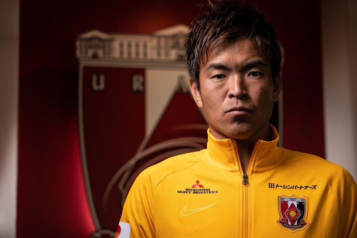 浦和に加入してから7年目の今季、新キャプテンに就任した西川周作。大役を任された守護神は今、どんな想いを抱いているのか。写真:田中研治