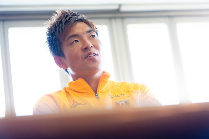 """今季で浦和加入7年目を迎える西川。頼れる""""浦和の守護神""""が描く、今後のビジョンとは?写真:田中研治"""