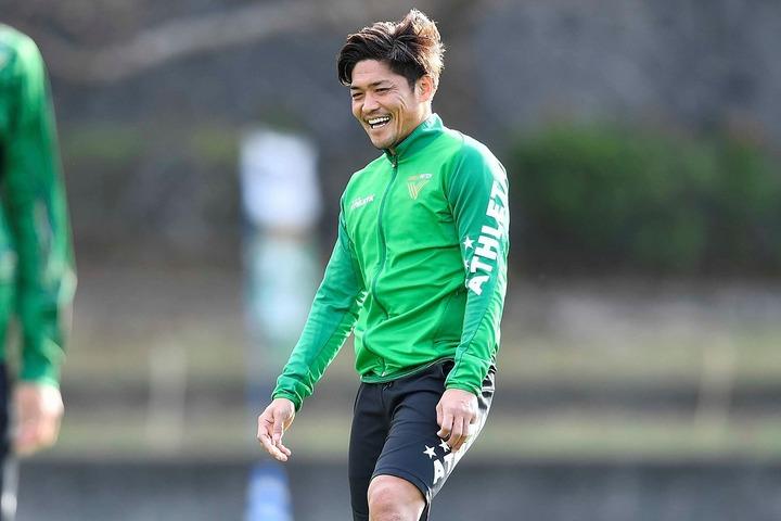 大久保が家族との、朝の微笑ましい風景をツイッターで報告した。写真:金子拓弥(サッカーダイジェスト写真部)