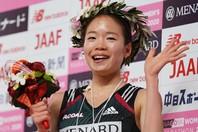 「30キロからが本当の勝負だと思っていたので、その通りの走りができたので嬉しいです」との言葉通り、終盤に強さを見せた一山がレースを制した。写真:日刊スポーツ/朝日新聞社