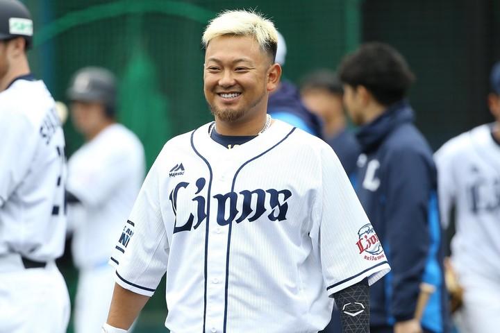 年間MVP&首位打者に輝いた森(写真)のバックアップには岡田や柘植が控えている。写真:金子拓弥(THE DIGEST写真部)