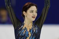 平昌オリンピック・女子フィギュアスケート銀メダリストのメドベージェワが個性的なマスク姿を披露した。(C)Getty Images