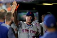 昨年53本塁打で新人記録を更新し、新人王を獲得したアロンゾ。その実力と人格を備えた振る舞いに早くも「ライトの後継者」との声も。(C)Getty Images