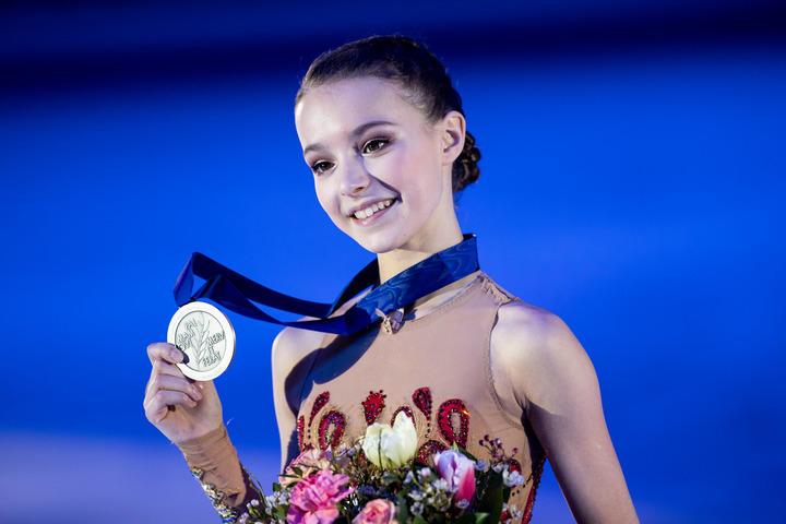 2019年グランプリ・ファイナル銀メダルのシェルバコワが、スタイリッシュなスニーカー姿を公開した。(C)Getty Images