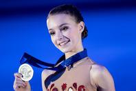 16歳の誕生日に家族との写真を公開したシェルバコワ。(C)Getty Images