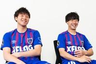 FC東京の大卒ルーキーコンビとして、大きな期待が寄せられる安部(左)と紺野(右)。写真:田中研治