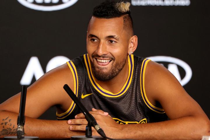 バスケが大好きで、オーストラリアユースチーム代表としてプレーしたこともあるキリオス。今回は左腕にコビー、レブロンをあしらった新タトゥーを披露した。(C)Getty Images