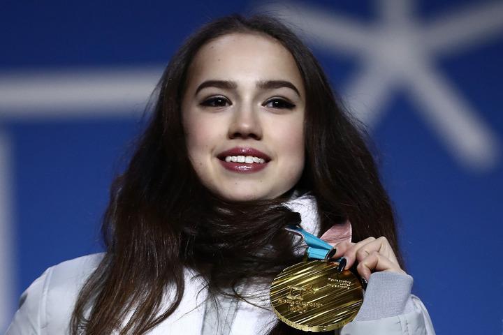 女子フィギュアスケート平昌五輪金メダリストのザギトワが地元女性誌に登場した。(C)Getty Images