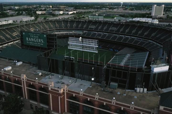 今季お披露目予定だった、テキサス・レンジャーズの新球場グローブライフ・パーク。新開催案の拠点となるか。(C)Getty Images