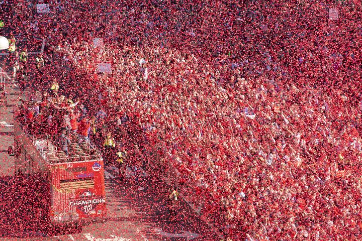 昨年、ナショナルズが悲願のワールドチャンピオンを達成した直後のパレードには、80万人近くものファンが参加した。(C)Getty Images