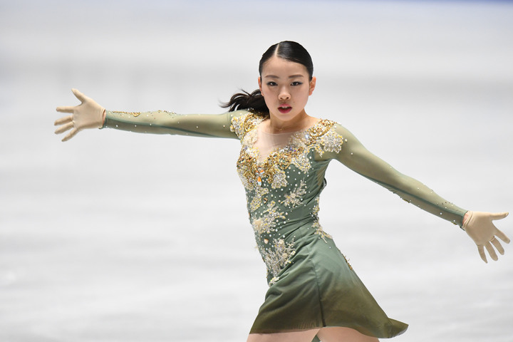最新の世界ランキングで女子1位に返り咲いた紀平。写真:徳原隆元