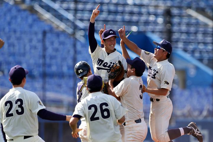 昨年は明治大が38年ぶりの優勝を果たした全日本大学野球選手権。今年は新型コロナの影響により史上初の中止に。写真:朝日新聞/日刊スポーツ
