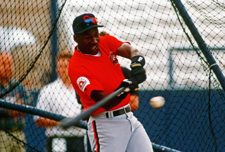 ジョーダンは94年にシカゴ・ホワイトソックス傘下のAAマイナーチーム、バーミンガム・バロンズに入団。127試合で打率.202、3HRの成績を残した。(C)Getty Images