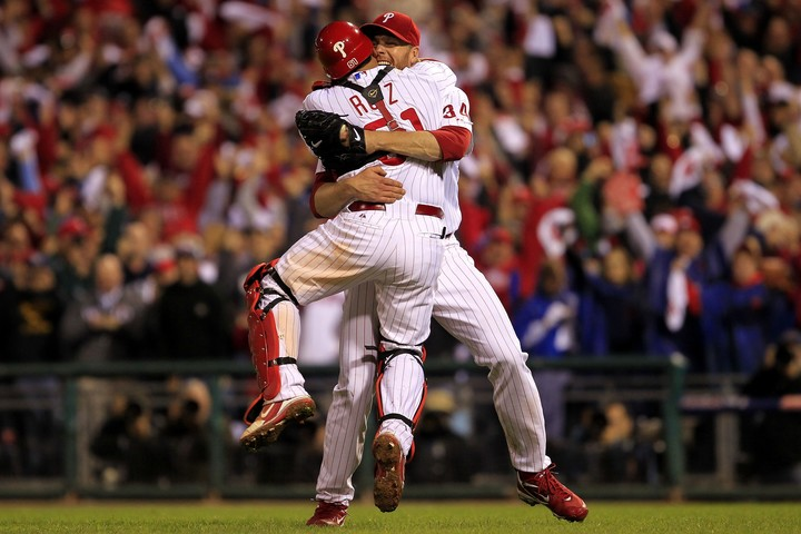 """プレーオフ史上2人目のノーヒッターを達成したハラデイ。その投球は本当に""""輝いていた""""。(C)Getty Images"""
