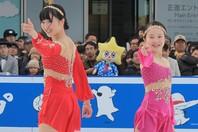 本田紗来(右)が姉・望結(左)への誕生日祝福メッセージが話題を呼んでいる。写真:産経新聞社