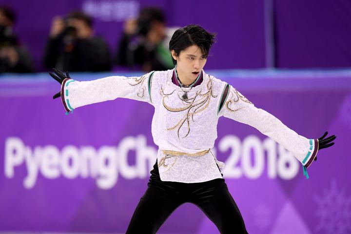 五輪2連覇を果たした羽生が「ISUスケーティング・アワード」に選出されている。(C)Getty Images