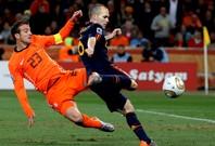 延長戦にまでもつれ込んだ南アフリカW杯の決勝は、イニエスタの一発でオランダを下した。(C)Getty Images