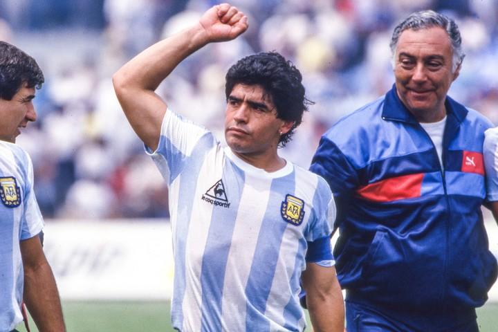 86年のメキシコW杯は、「マラドーナによるマラドーナの大会」だった。(C)Getty Images