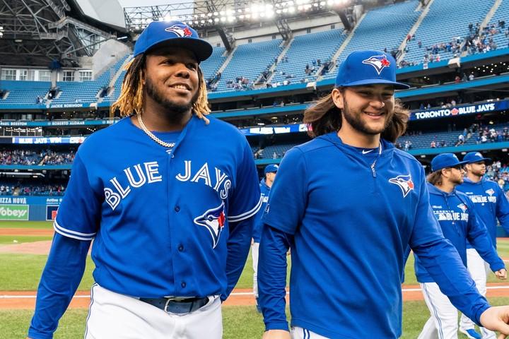 ゲレーロJr.(左)やビシェット(右)ら、かつてMLBで活躍した名選手を父に持つ若手が多いのが特徴だ。(C)Getty Images