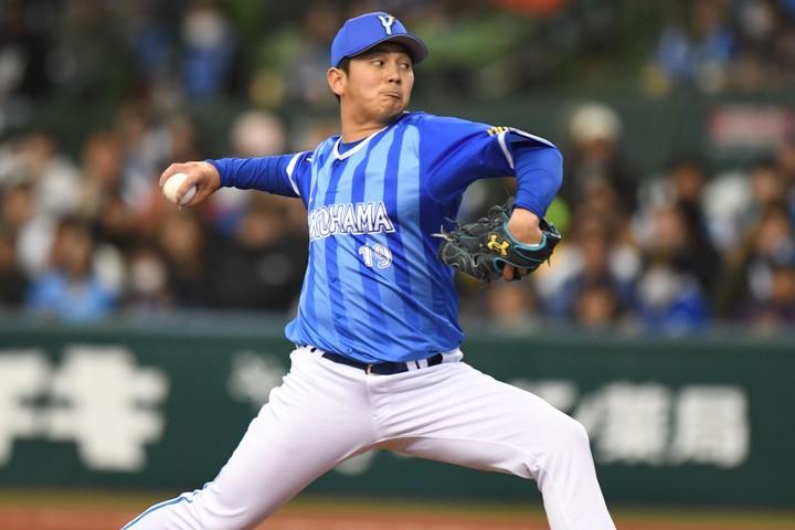 侍ジャパンの守護神を務めるなど実績十分の山崎だが、今季は開幕から防御率6点台と苦しい投球が続く。写真:徳原隆元