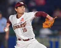 ハーラートップの5勝を挙げている涌井。和田との最多勝投手対決に注目だ。写真:産経新聞社