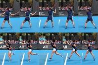 足の蹴りで下から上に跳びながら、身体をボールにぶつけていくのが、日比野菜緒の強打の秘訣だ。2020年全豪オープンより。写真:山崎賢人(THE DIGEST写真部)