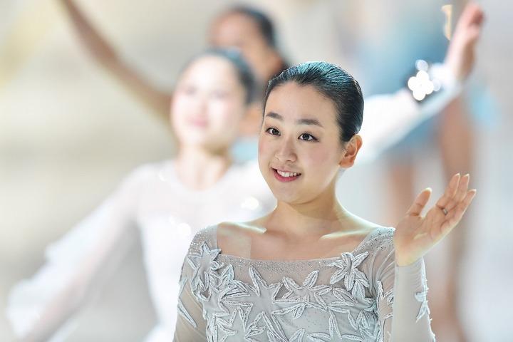 久々に和服姿を披露した浅田真央さん。さまざまなバリエーションを着こなしてみせた。(C)Getty Images