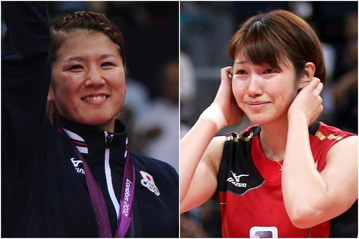 『24時間テレビ』の企画でギネス世界記録を更新した、狩野舞子さん(右)と藤井瑞希さん(左)。(C)Getty Images