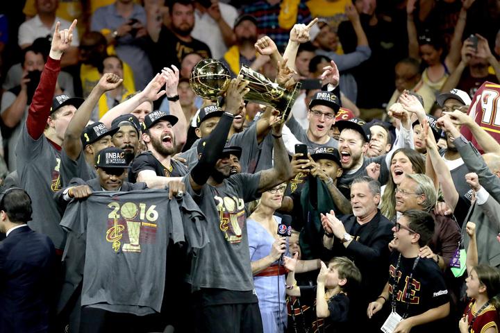 2016年のキャブズはファイナル史上初の1勝3敗からの逆転優勝を飾った。(C)Getty Images