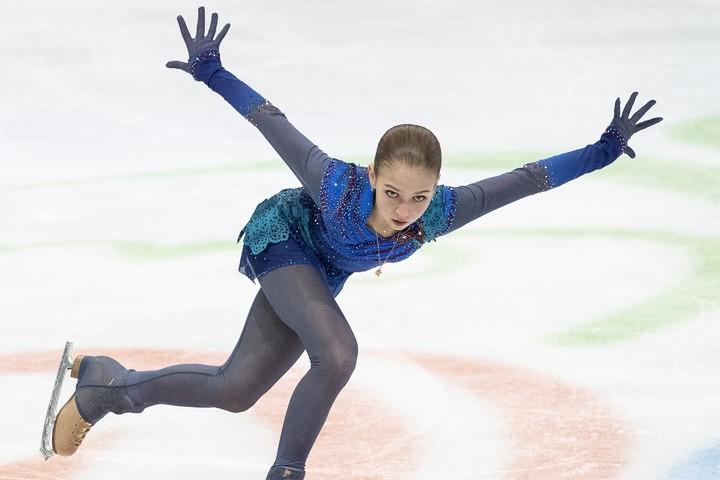 """トゥルソワが""""へそ出しセクシーショット""""を公開し、話題を呼んでいる。(C)Getty Images"""