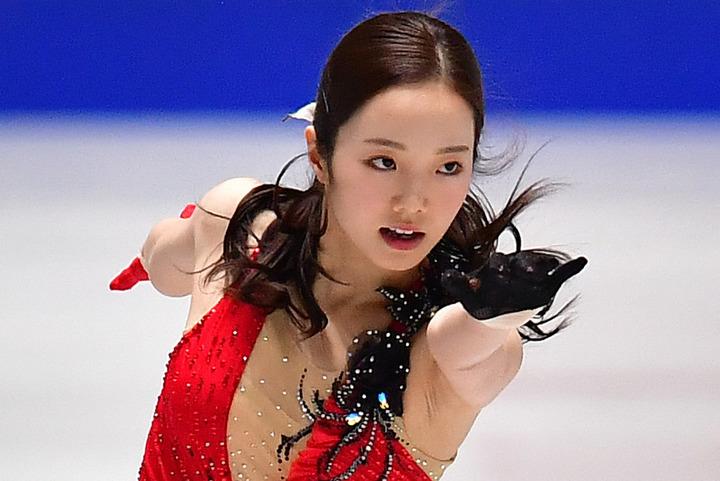 紗来が姉・真凜の秘蔵フォトを一挙公開し、ファンを喜ばせている。(C)Getty Images