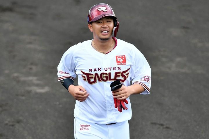 浅村の3本塁打で楽天の1000勝目に花を添えた。写真:金子拓弥(THE DIGEST写真部)