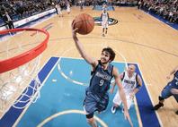 2011年にNBAデビューを飾ったルビオ。1年目は41試合に出場し平均10.6点・8.2アシストをマークしたが、その後は伸び悩んだ。(C)Getty Images