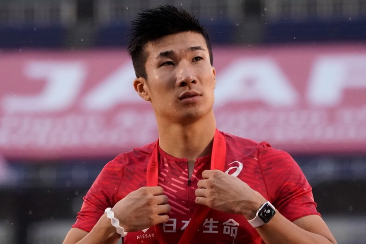 桐生は10秒27で1着フィニッシュ。明日の決勝へと駒を進めた。(C)Getty Images
