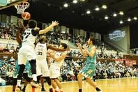 開幕節で京都に完勝した富山。新加入のマブンガが、古巣京都を相手に2試合で68得点と爆発した。