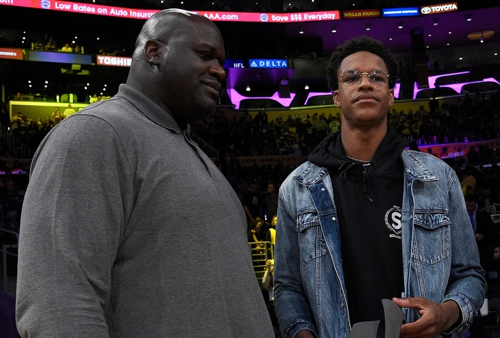 シャック(左)の息子シャリーフは、コビーの事故直前まで彼とメッセージのやり取りをしていた。(C)Getty Images
