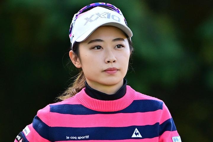 先日の『伊藤園レディス』では姉・美祐さんとともにプレーした19歳ルーキーの安田。(C)Getty Images