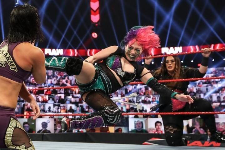 6人タッグで戦ったアスカ。ロウ女子王者の存在感を見せつけた。(C)2020 WWE,Inc. All Rights Reserved.