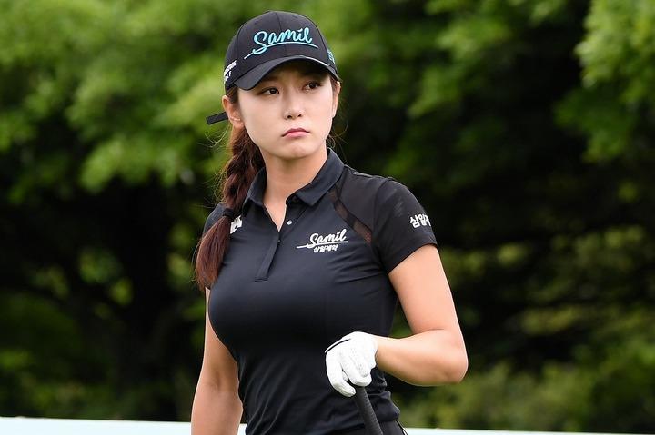 韓国ゴルフ界で美貌No.1とも謳われるアン・ソヒョン。(C)AFLO