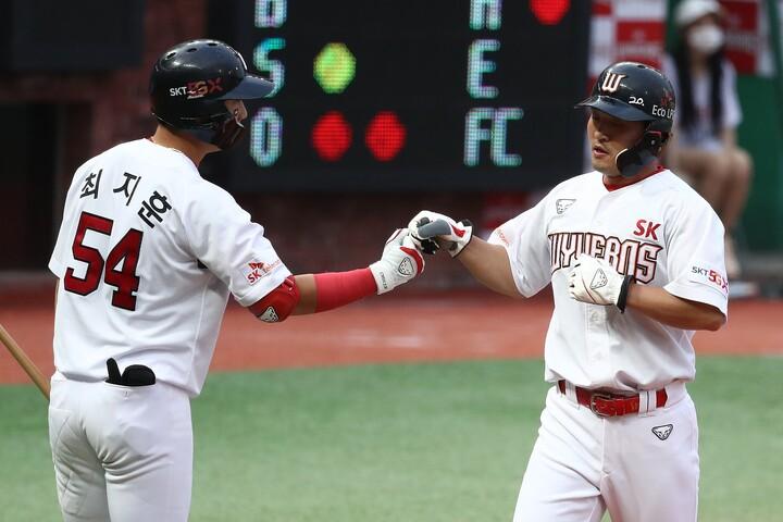 SKは首都ソウルの西に位置する仁川広域市に本拠を置いている球団。07~08年には2年連続でアジアシリーズにも出場し、中日と西武をそれぞれ破っている。(C)Getty Images