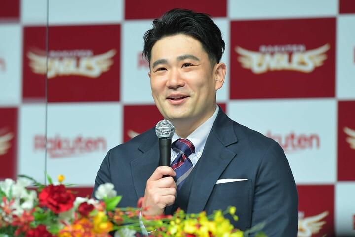 """会見では笑顔を見せつつも、「日本一」という言葉をかなり語気を強めて語った田中(写真)。楽天日本一への""""最後のピース""""となる期待は大きい。写真:金子拓弥(THE DIGEST編集部)"""