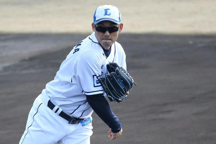栗山は今シーズンの抱負を「とにかく一年間、ケガなくフルに戦うこと。ベストな状態を維持して、良い結果に繋げたい」と語った。写真:滝川敏之
