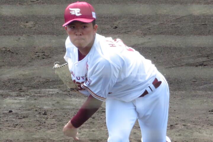 実戦デビューの早川が2回を3奪三振無失点に抑え、好スタートを切った。写真:岩国誠
