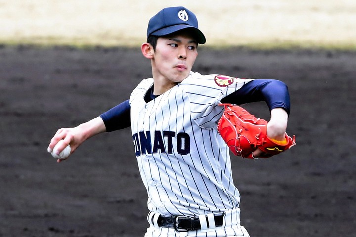プロ野球史上最高の投手になる可能性も秘める佐々木。まだ粗削りな部分も残っているが、底知れぬ潜在能力が大きな魅力だ。 写真:日刊スポーツ/朝日新聞社