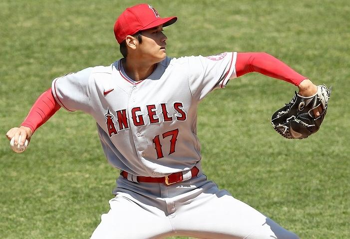 投打に渡る活躍が期待される大谷。この春季キャンプでの練習内容には現地でも注目度が上がっている。 (C) Getty Images