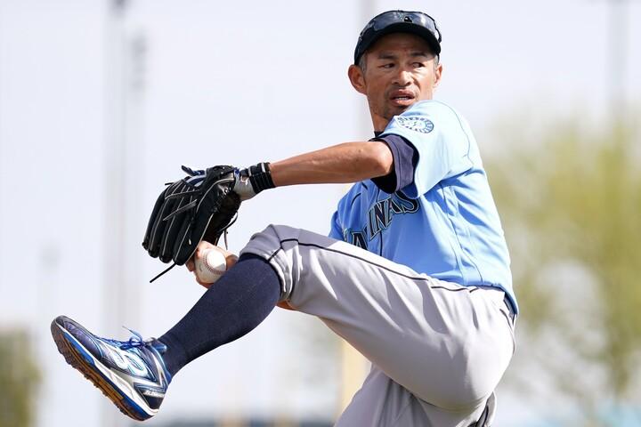イチローは打撃投手でも本気! その姿勢は若手選手にも影響を与えているようだ。(C)Getty Images