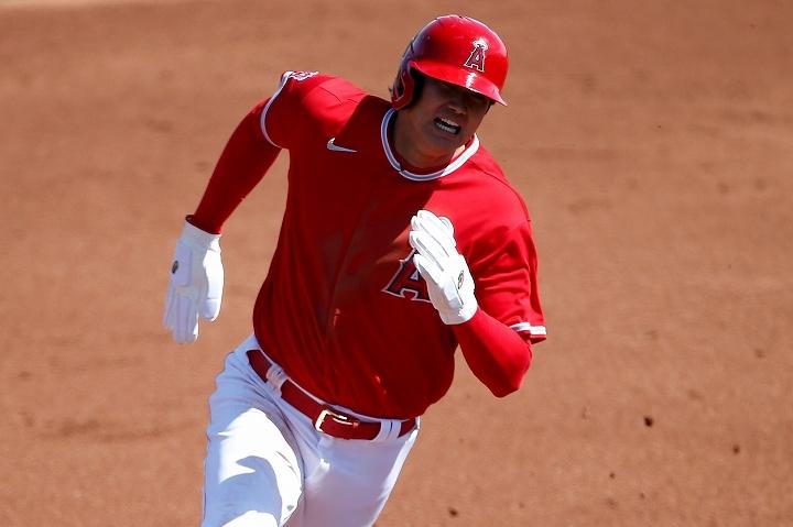 打撃だけでなく走塁でも溌溂としたプレーを披露した大谷。続々と賛辞が集まっている。 (C) Getty Images