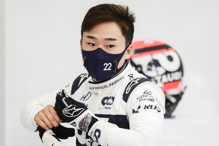 デビュー戦でのポイント獲得は日本人初。角田は今後に期待を抱かせる走りを見せた。(C)Getty Images